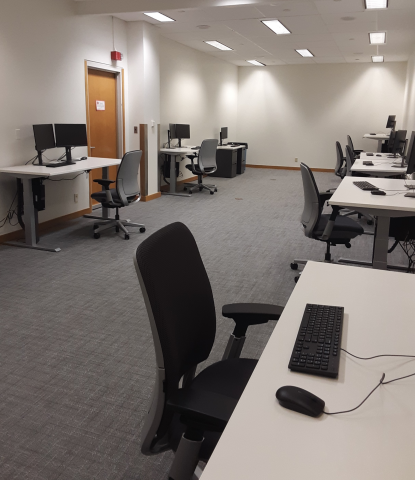 Photo of the Law Library Computer Lab